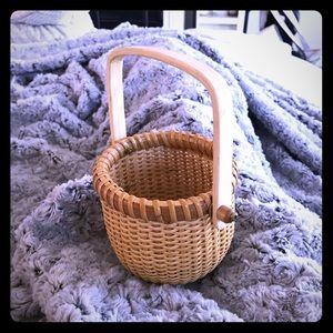 Adorable Longaberger Basket